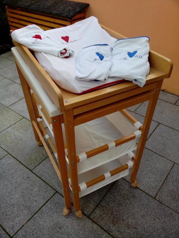 wickeltisch mit badewanne gebraucht die neueste. Black Bedroom Furniture Sets. Home Design Ideas
