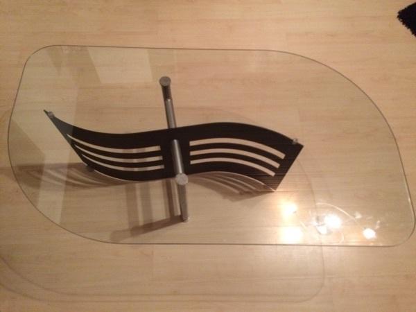 Wohnzimmertisch glasplatte kaufen gebraucht und g nstig for Wohnzimmertisch mit glasplatte