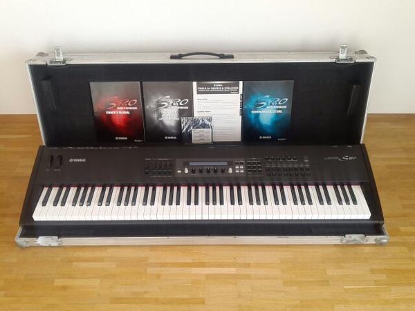 stage piano kaufen gebraucht und g nstig. Black Bedroom Furniture Sets. Home Design Ideas