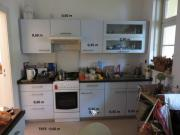 Zwei Küchenzeilen eisblau
