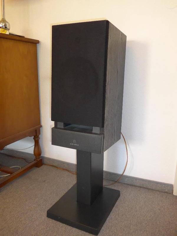 ich verkaufe ein paar schwarze highend lautsprecher von linn modell nexus ls 250 in 2. Black Bedroom Furniture Sets. Home Design Ideas