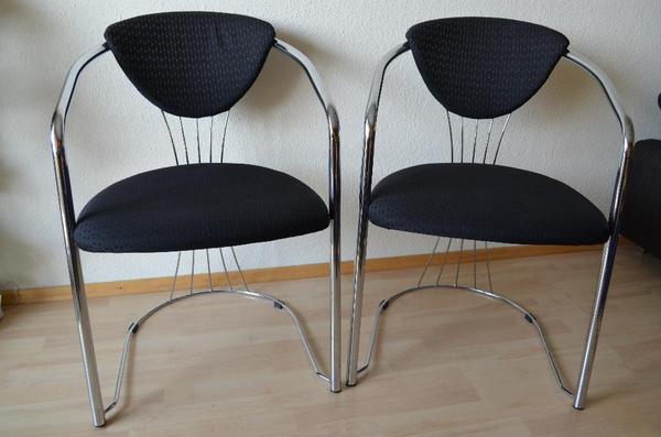 verkaufe zwei gut erhaltene st hle mit armlehnen von segm ller sitzfl chen und r ckenlehnen. Black Bedroom Furniture Sets. Home Design Ideas