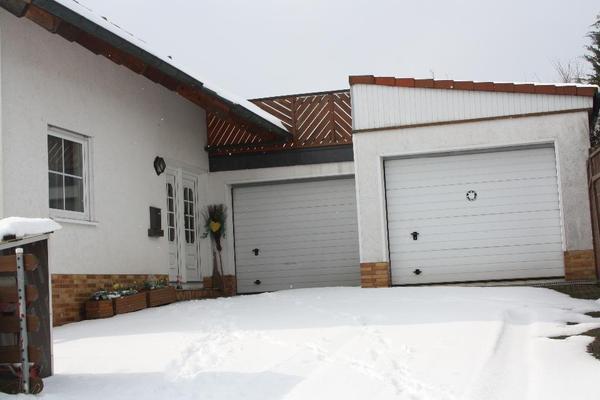 Zweifamilienhaus mit einliegerwohnung in korbach for Zweifamilienhaus mit einliegerwohnung