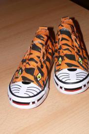1 Paar Schuhe,