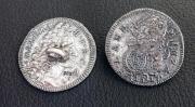 2 Silberknöpfe mit Öse 15