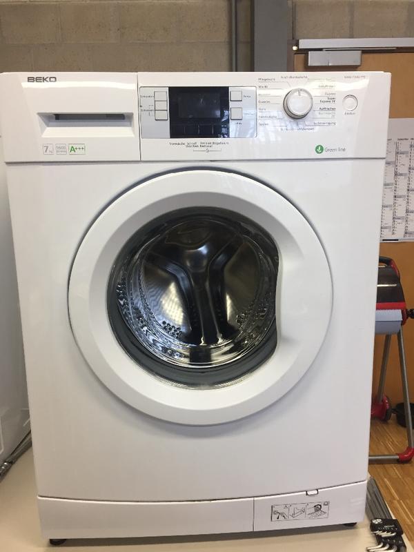 BEKO Waschmaschine Ersatzteile - München Moosach - BEKO Waschmaschine Ersatzteile Zu verkaufen auch einzelne teile. - München Moosach