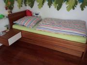 Bett vom Tischler