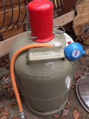 Campinggasflasche neu gefüllt