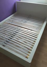 Doppelbett IKEA Malm