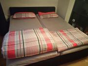 Doppelbett schwarz