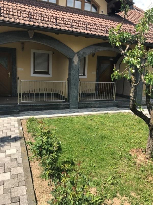 Doppelhaus in Croatien » Ferienimmobilien Ausland