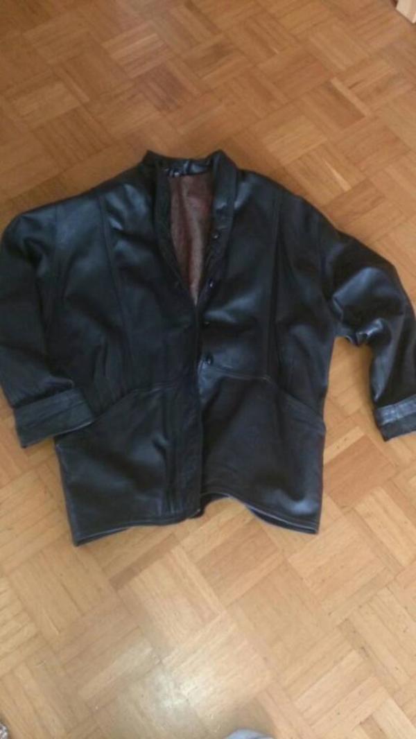 Echte Lederjacke Damenjacke Gr. 44 schwarz - Neuhausen - Verkaufe gut erhaltene gebrauchte Lederjacke / Damen Größe 44Farbe schwarzmit Köpfe zum schliessen.Abholung oder Versand ( Porto trägt Käufer ).Abholung Raum Pforzheim. Achtung! Dies ist ein Privatverkauf, daher kann ich keine Garantie un - Neuhausen