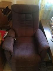 Elektrischer verstellbarer Sessel;