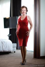 Escortdame - Bettina (52)