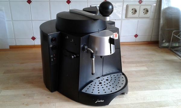 Espresso Kaffee Automat Jura Subito - Neckargemünd - Voll funktionsfähige Jura Subito in gutem Zustand, mit Gebrauchsanweisung, für Espresso und Kaffee. Höhenverstellbarer Kaffeeauslauf, Dampf und Heißwasserfunktion, MilchaufschäumdüsePrivatverkauf, keine Rücknahme oder Garantie! - Neckargemünd