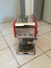 Espressomaschine im stylischen