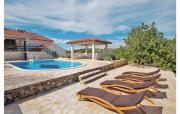 Ferienhaus zum Alleinbewohnen mit Pool