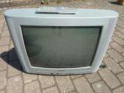 Fernseher mit Fernbedienung,