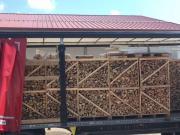 Ganzer LKW Brennholz