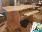Großer Schreibtisch - guter