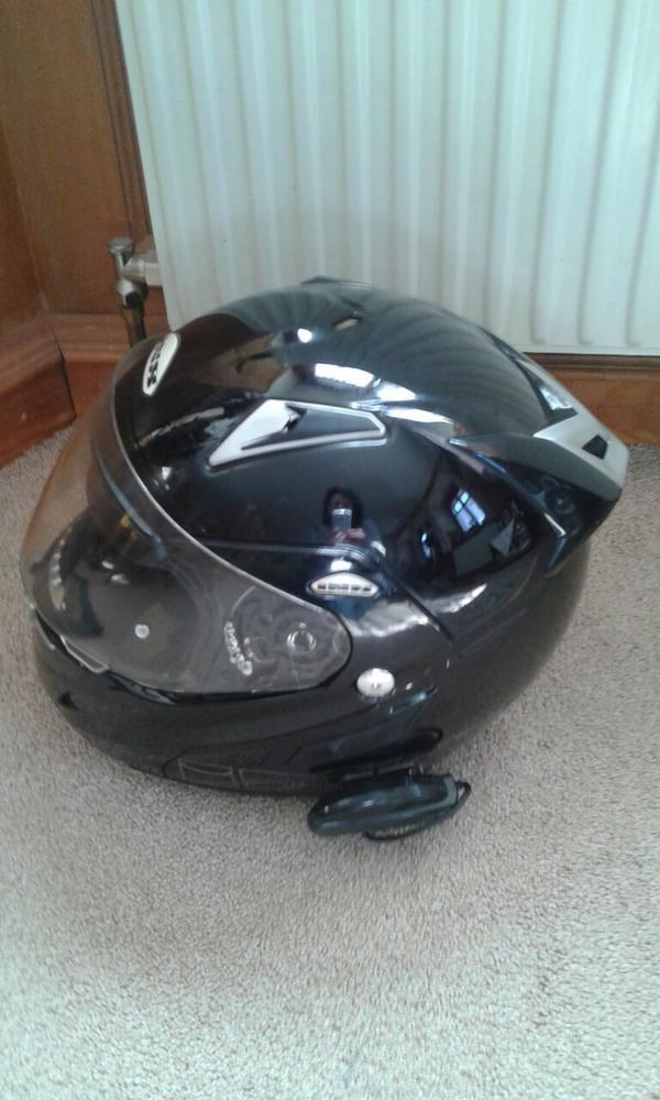 Helm m Gegensprechfunktion