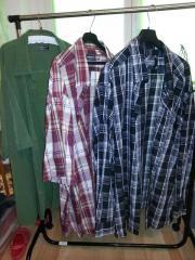 Herren-Hemden in