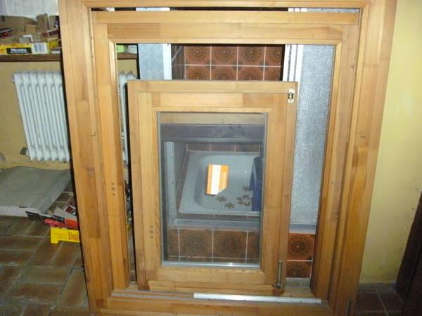 Holzfensterrahmen In Hringen Fenster Roll Den