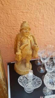 Holzfigur zu verkaufen
