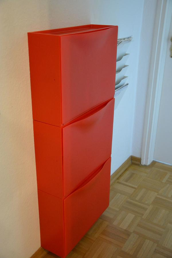 ikea trones schuhschrank aufbewahrung rot 3 st ck in m nchen ikea m bel kaufen und verkaufen. Black Bedroom Furniture Sets. Home Design Ideas