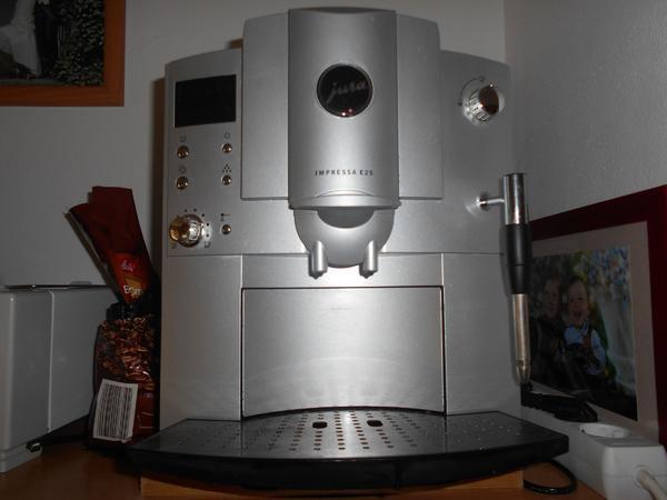 kaffeevollautomat kaffeeautomat kaffeemaschine ge. Black Bedroom Furniture Sets. Home Design Ideas