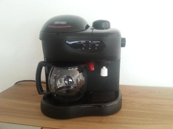 Kaffeeautomat DeLonghi-Kaffeemaschine