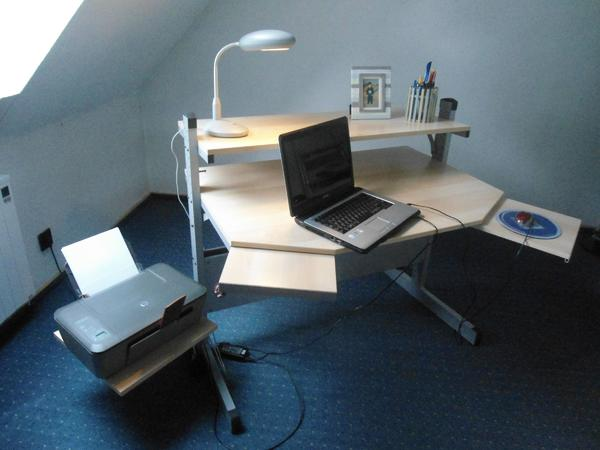 Kinder-/Jugend-Schreibtisch » Büromöbel