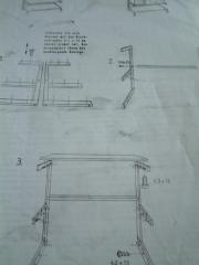 Klebe-Tisch