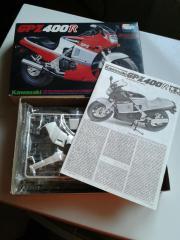 Motorrad Modellbausatz Kawasaki GPZ400