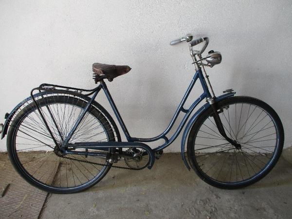 oldtimerfahrrad damenfahrrad von vogt 28 zoll versand m glich in buxheim damen fahrr der. Black Bedroom Furniture Sets. Home Design Ideas