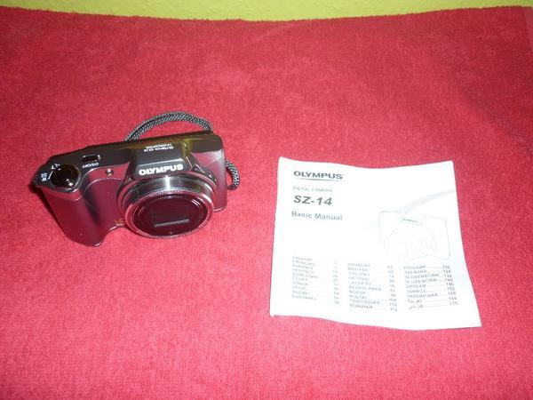 Olympus SZ 14 Digitalcamera mit