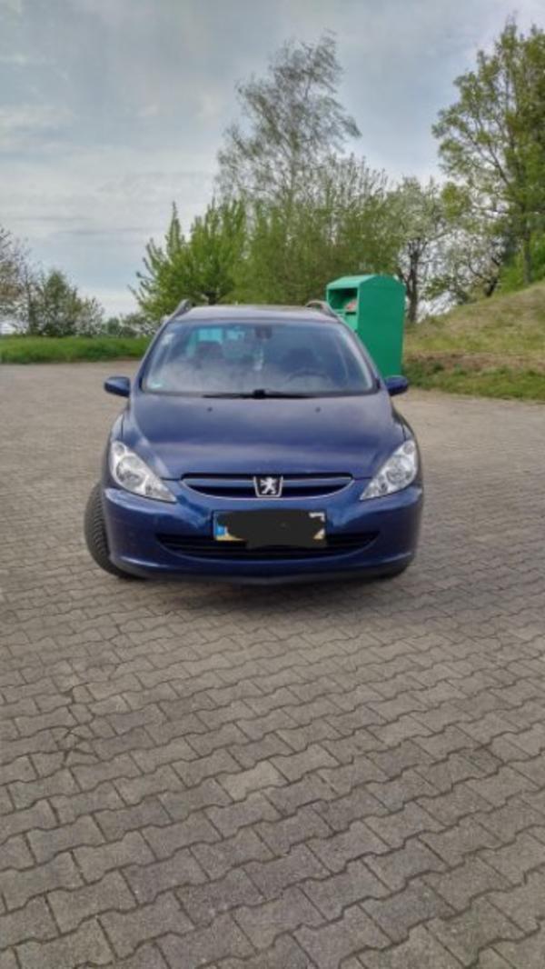 Peugeot 307 SW LPG - Kraichtal - Peugeot, 307, Kombi, Autogas (LPG), 109 PS, 172000 km, EZ 12/2003, Schaltgetriebe, Blau, Metallic,Nichtraucherfahrzeug. !!!Bilder Folgen!!!Verkaufe meinen Peugeot 307 SW Das Auto hat neuen TÜV (05/19) Perfektes Urlaubsauto da LPG Gasanlage 70 - Kraichtal