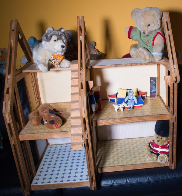 puppenhaus holz neu und gebraucht kaufen bei. Black Bedroom Furniture Sets. Home Design Ideas