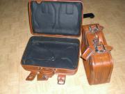 Reisekoffer mit Verschlußlaschen Adressentasche Farbe
