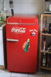 coca cola kuehlschrank haushalt m bel gebraucht und. Black Bedroom Furniture Sets. Home Design Ideas