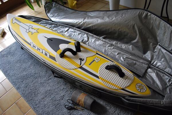 """RRD Wave Windsurfbaord 69 ltr. + flugtauglichen Boardbag NP - München Daglfing - Da ich nicht mehr zum Wave Windsurfing komme, verkaufe ich mein RRD Wave Windsurfboard, 69 ltr, """"waveone XS"""", das Board habe ich sehr wenig benutzt und ist daher noch in einem sehr guten Zustand. Minimale Gebrauchsspuren, keine Reparat - München Daglfing"""