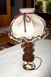 Rustikale Ecktischlampe