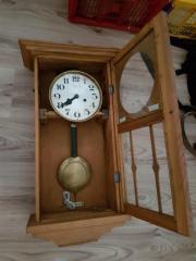 Schöne alte Uhr