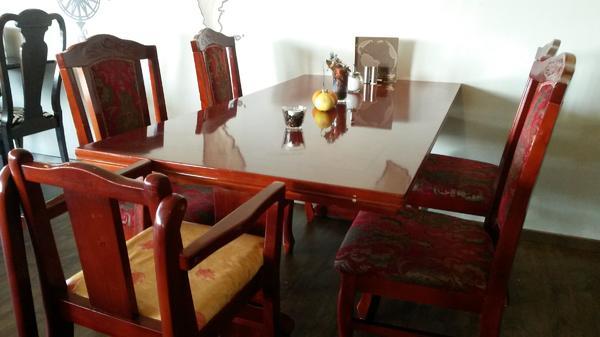 schöner chinesischer esstisch mit 4 stühlen und 1 kinderhochstuhl, Esstisch ideennn