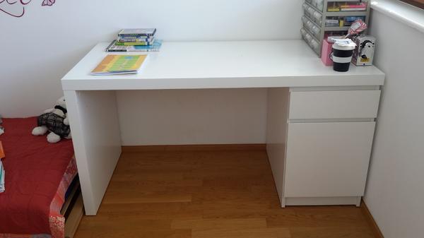 Schreibtisch zu verkaufen in feldkirch kinder for Jugendzimmer zu verschenken