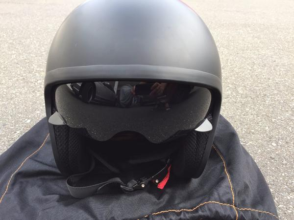 schwarzer Nexus Jet Motorradhelm mit