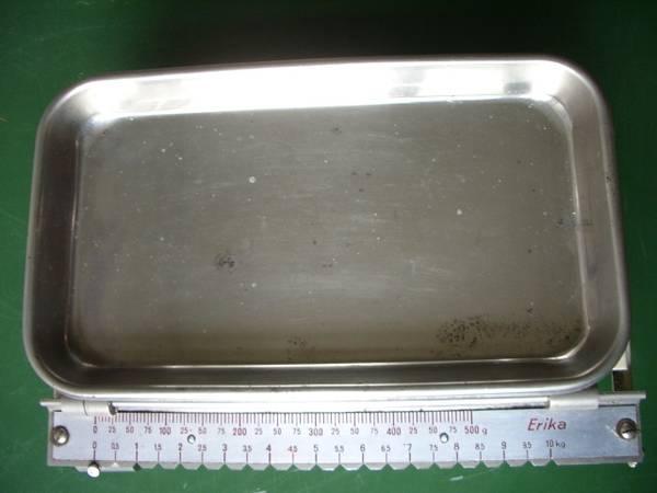 sehr alte Haushaltswaage `Erika`, Metallschale, bis 10, 5 kg