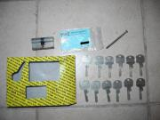 Sicherheits Schliesszylinder mit 12 Schlüssel