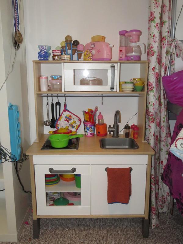 holz spielk che neu und gebraucht kaufen bei. Black Bedroom Furniture Sets. Home Design Ideas