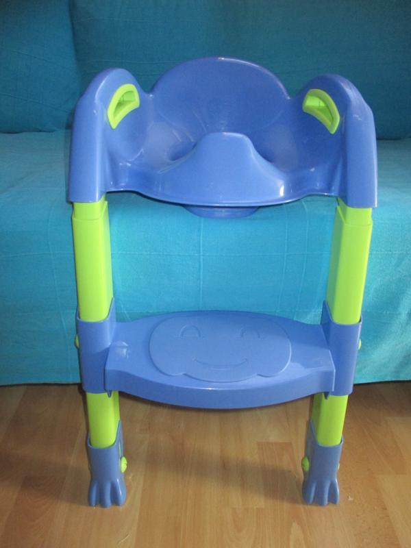 toilettentrainer mit treppe in bregenz baby und. Black Bedroom Furniture Sets. Home Design Ideas